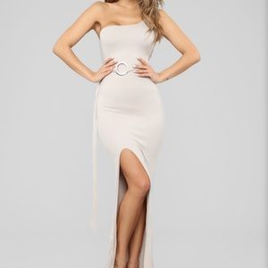 Fashion Nova One Shoulder Maxi Dress S NWT